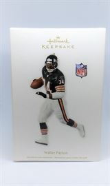 LOT 2 HALLMARK KEEPSAKE 2012 CHICAGO BEARS WALTER PAYTON NFL CHRISTMAS TREE ORNAMENT