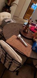 kitchen tabler