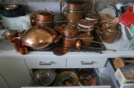 Huge collection of copper kitchenware, many Paul Revere