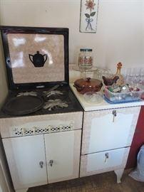 SUPER RARE Gas 1920s Kitchen Stove Porcelain