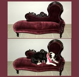 Really Cute Small Settee or Pet Bed