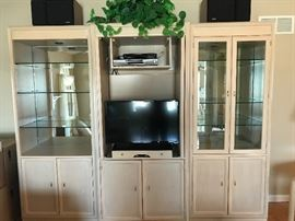 Three piece Thomasville wall unit - pristine