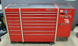 "Snap-On Rolling 16 Drawer Tool Chest, With Add On Storage Cabinet, Chest Measures 50""W x 20.5""D x 44""T, Cabinet Measures 15""W x 18""D x 32""T, Keys and Contents Included"