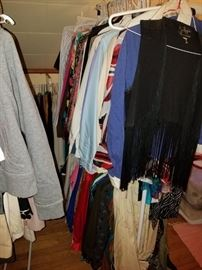 Lots of vintage clothes !