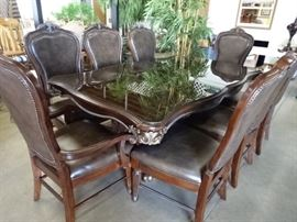 Exquisite Dining Table w/8 Chairs