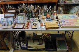 Art Supplies, Grumbacher Paint Brushes, Beautiful Set Of Rembrandt Pastels, 225 Sticks In Wooden Box