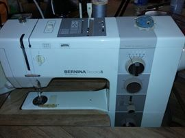 Bernina Record 930 Electronic Sewing Machine