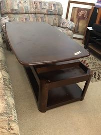 lift coffee table w/ storage