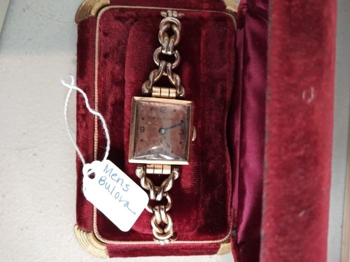 Vintage Men's Bulova watch in rose tones
