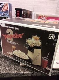 New in box vintage popcorn popper.  Great holiday gift
