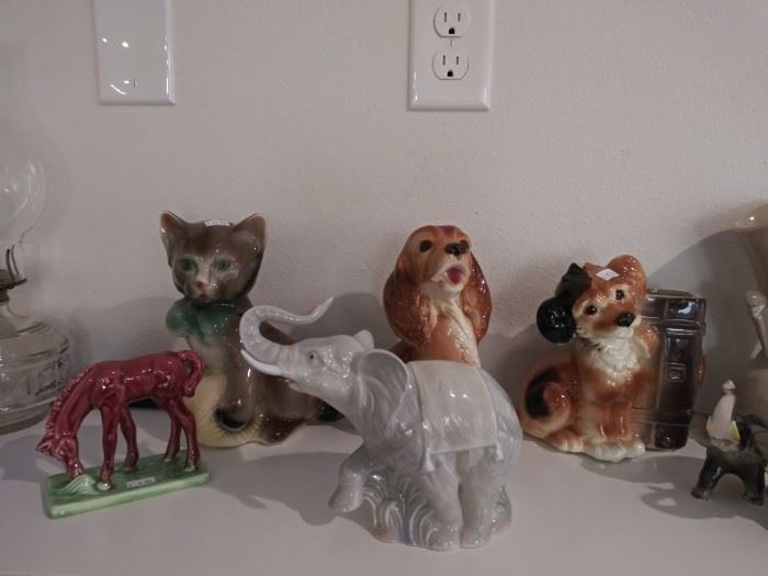 Vintage USA pottery collectibles