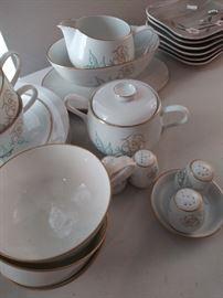 Vintage Easterling china set