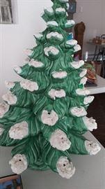 Vintage musical ceramic lighted Christmas tree