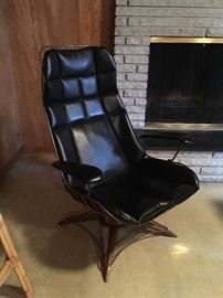 awesome MCM lounge chair