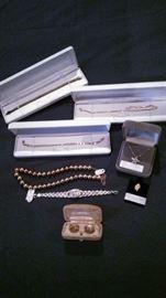 Gold, diamond jewelry