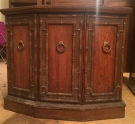 Nice corner cabinet with wood bamboo-type look.