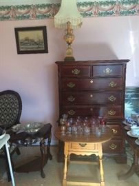 Lovely chest of drawers, tables and lamps! And more glassware.
