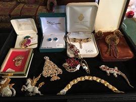Czech Christmas tree pin, vintage rhinestone sets , Swarovski lizard, Pegasus & lion pins