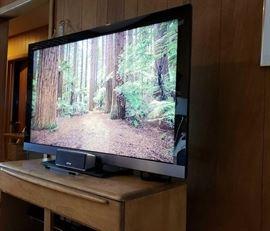 "Sony KDL-46EX500 46"" 1080p LCD TV on swivel base"
