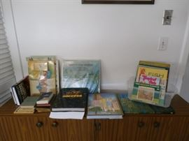 BOOKS - CHILDRENS' AND OTHER TITLES