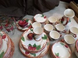 03 Franciscan Apple Pattern Dishes
