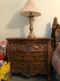 Night stand/end table (2 of 2), 3 drawers (lamp too)