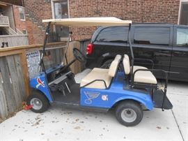 Golf cart has 2 batteries - 2 years old