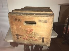 Original 1916 A.B. Crate.  Amazing condition.  Very hard to find this old in this shape