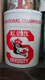 1983 NC State Popcorn Tin