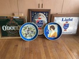Beer signs and trays        https://ctbids.com/#!/description/share/74560