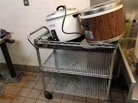 3 Rice cookers, metal rolling cart, miscellaneous ...