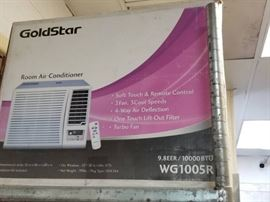 Goldstar Window unit air conditioner Model WG1005 ...