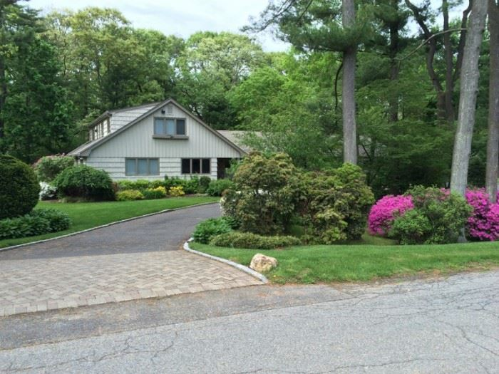 Quality Sale in Old Westbury. So much here for you to see!