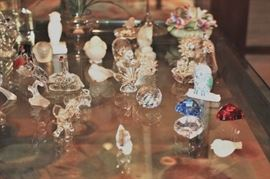 Small Decorative Items such as Swarovski, Lalique and more