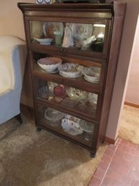 4-stack Oak Bookcase