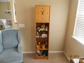 clock/shelves