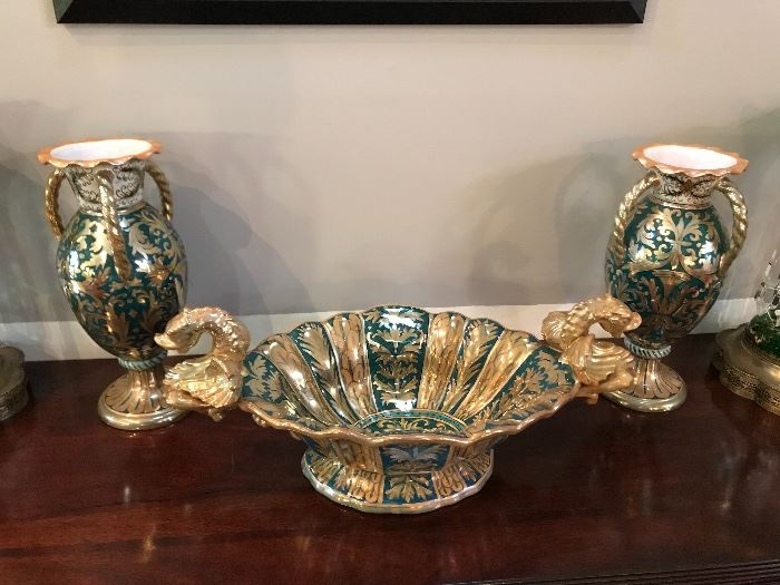 Console bowl and vases