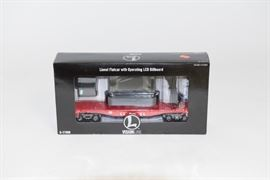 Lionel VisionLine Flatcar with Operating LCD Billboard