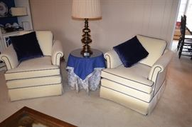 Traditional Club Chairs