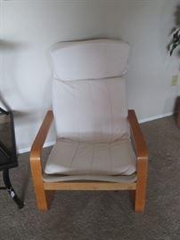 2-Matching Lounge Chairs