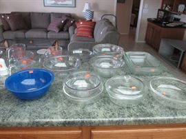 Oodles of Pyrex