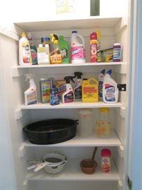 Cleaning Supplies, Roaster, Vintage Juice Jar & Strainers
