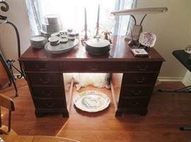 Mahogany desk, desk lamp