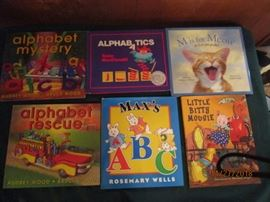 Children's books....like new.  Excellent condition.  Great for holiday gift giving.