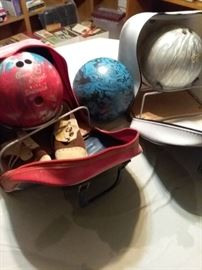 Bowling Balls and Carriers