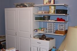 Craft room with detachable shelf units