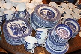 Blue Willow (Johnson Brothers, Willow Ware and Churchill)