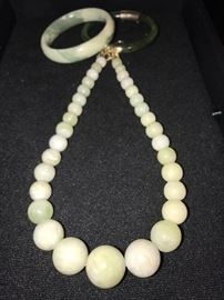 JADE NECKLACE AND BANGLES