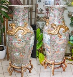 VERY LARVE Asian Vases on Stands