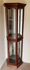 Lighted Curio Cabinet  (nice small size)